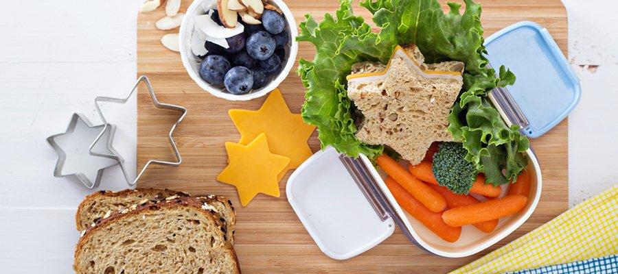 همه چیز درباره تغذیه مناسب برای کودکان و دانش آموزان