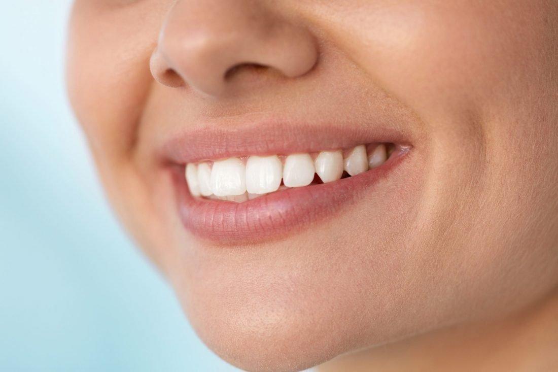 ترفندهای شگفت انگیز استفاده از جوش شیرین - سفیدکردن دندان ها