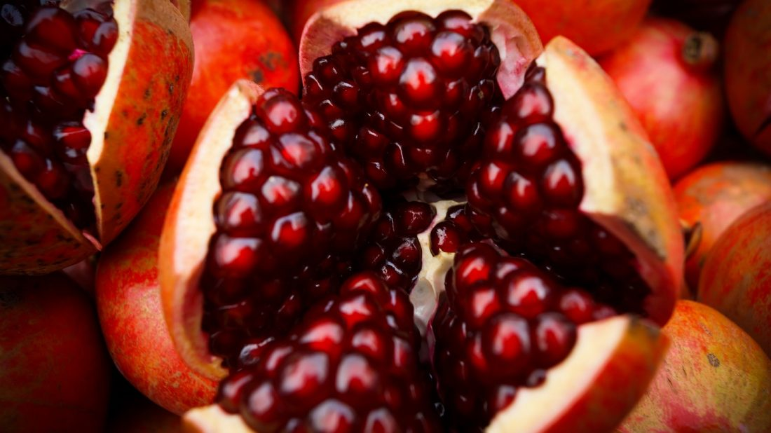راهنمای خرید میوه تازه کدام میوه ها را نخریم - انار