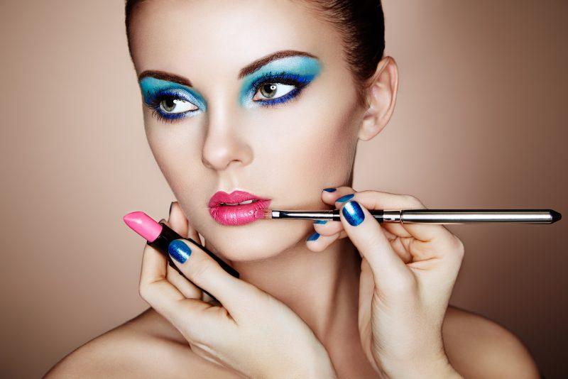 لوازم آرایشی بدون سرب رازهای اعجاب انگیز جذابیت همیشگی مطمئن و بی خطر-افزودنی های رنگی