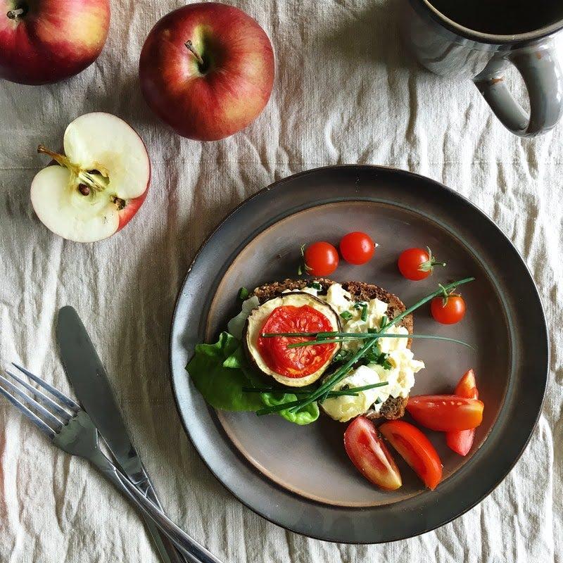 معرفی ۷ میوه معجزهآسا در درمان بیماریهای شما-سیب