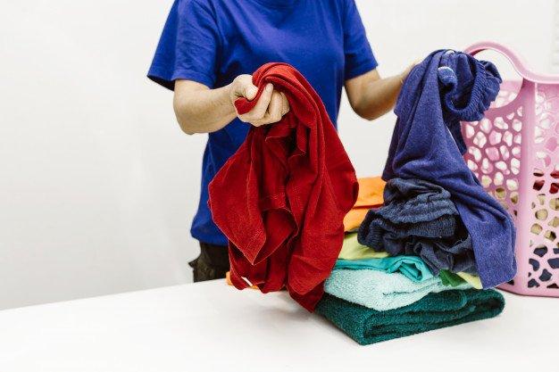 شستشوی لباس رنگی