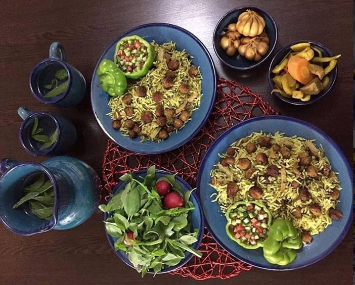 طرز تهیه کلم پلو شیرازی با گوشت قلقلی