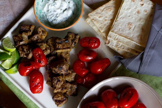 طرز تهیه کباب چنجه ایرانی با نکات آشپزی