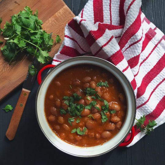 تهیه خوراک لوبیا چیتی