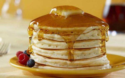 طرز تهیه پنکیک خانگی خوشمزه برای صبحانه