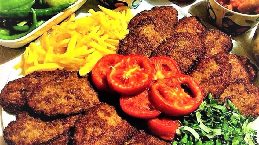 طرز تهیه کتلت با گوشت و سیب زمینی