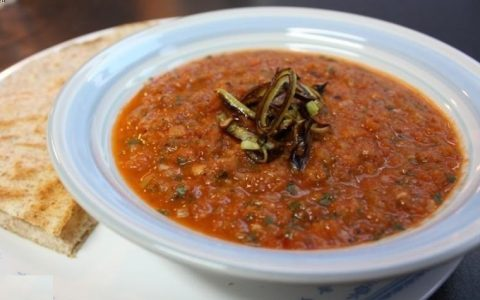 طرز تهیه آش گوجه فرنگی به ۲ روش