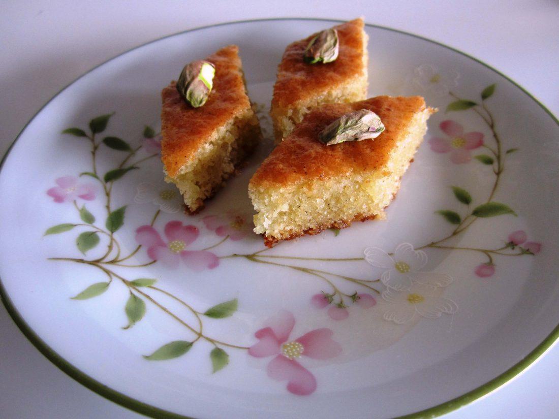 کیک باقلوایی