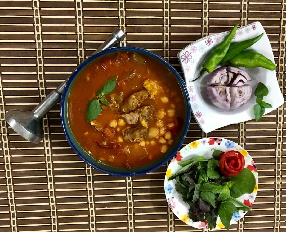 طرز تهیه آبگوشت اصیل ایرانی
