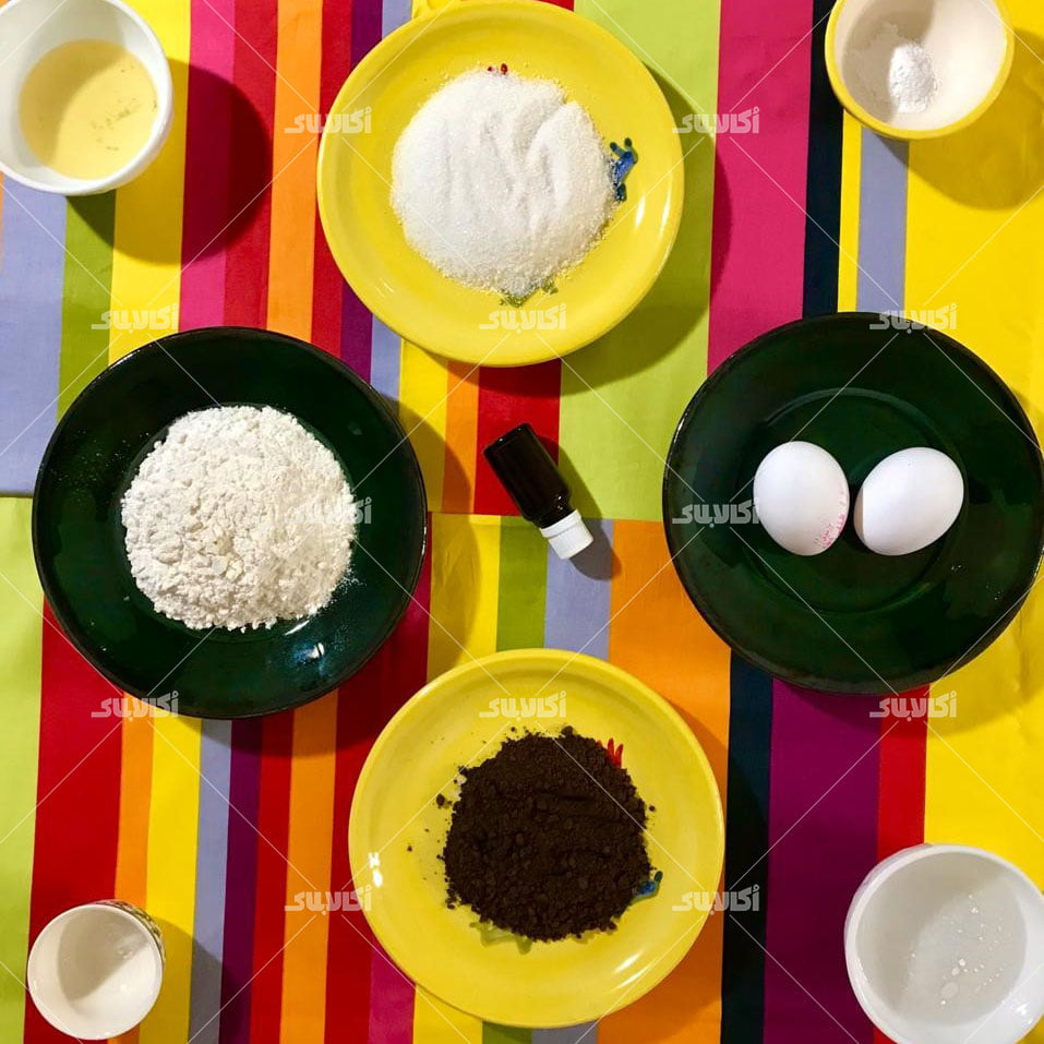 مواد لازم برای تهیه کیک فنجونی