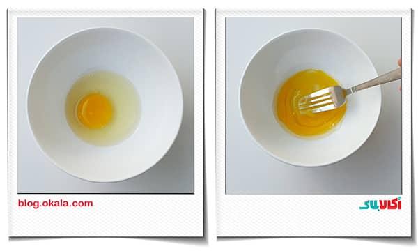 اضافه کردن رومال نان زنجبیلی با تخم مرغ